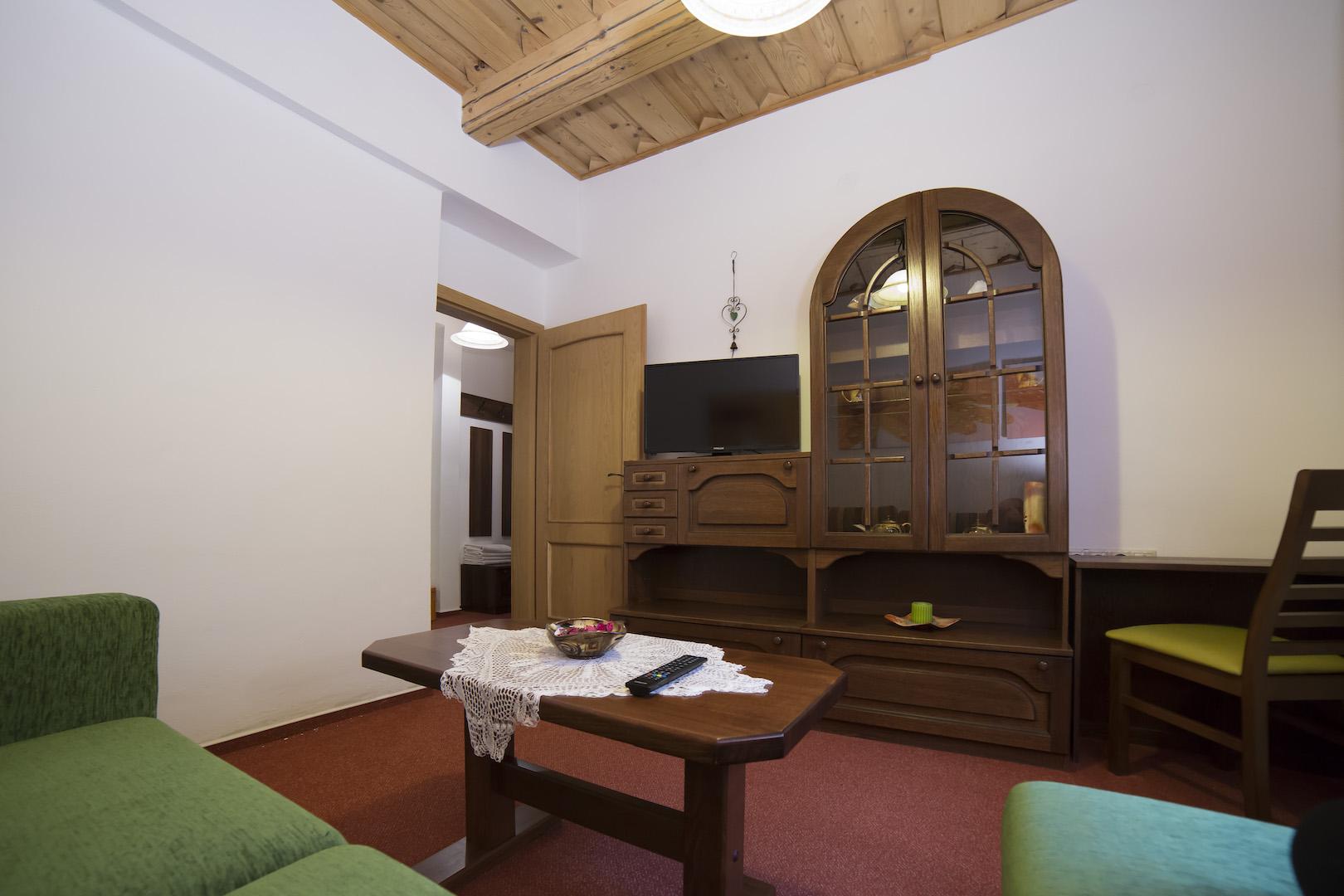 Izba č. 2 Rodinná suite pre 3 osoby